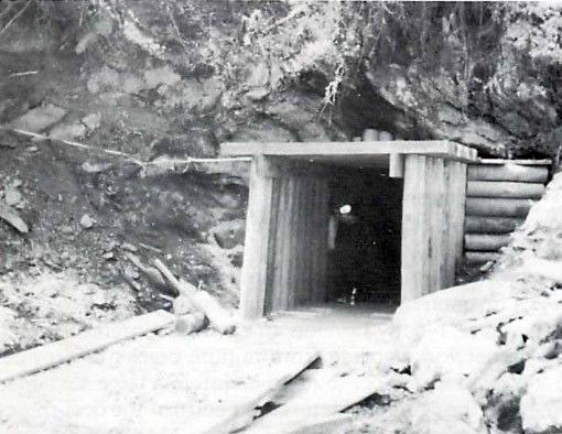 silverMineEntrance1976