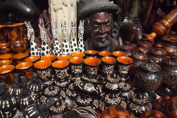Hand-made Haitian handicrafts on sale at the Iron Market | SBPR
