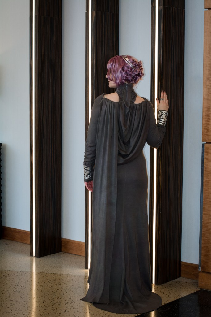 Vice Admiral Amilyn Holdo back
