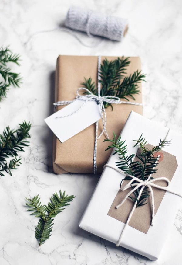 Guide To Minimalist Gift Wrapping Uncommonly Well