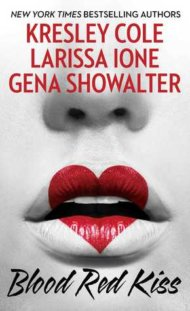 Blood Red Kiss cover - (un)Conventional Bookviews