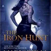 Review: The Iron Hunt – Marjorie M. Liu