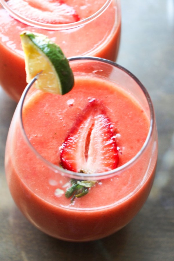 fruit cocktail, fruit mocktail, mocktail, summer drinks, party drinks, drinks, fruit smoothies, easy smoothies, easy, clean eating, healthy juice, healthy cocktail, holiday drinks