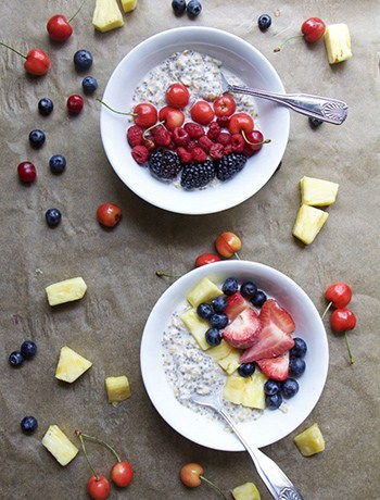 Easy Overnight Oats for 2 (GF, V, DF, Low-Fat)