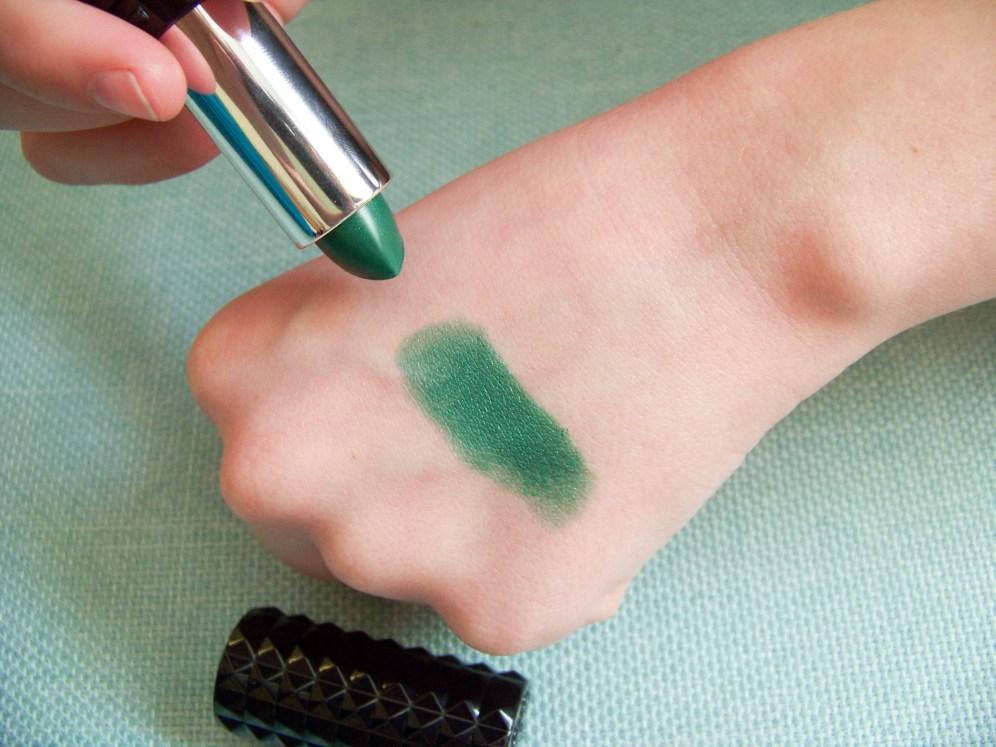 green lipstick swatch