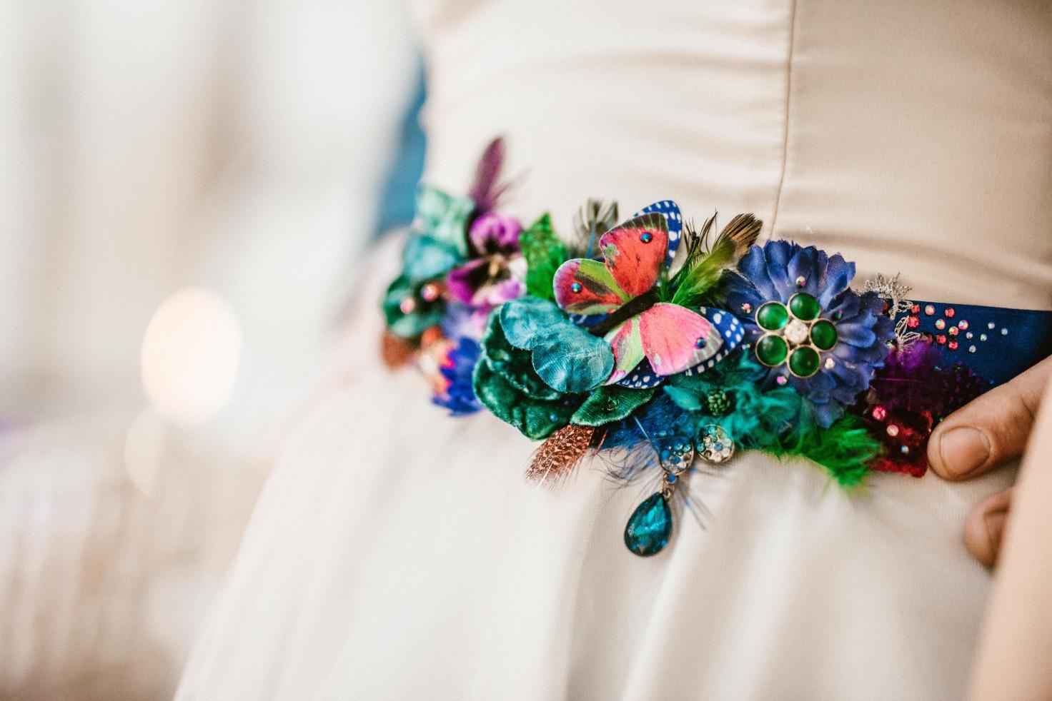 Peacock barns - alternative unconventional wedding photoshoot - rustic decadent - wedding dress belt