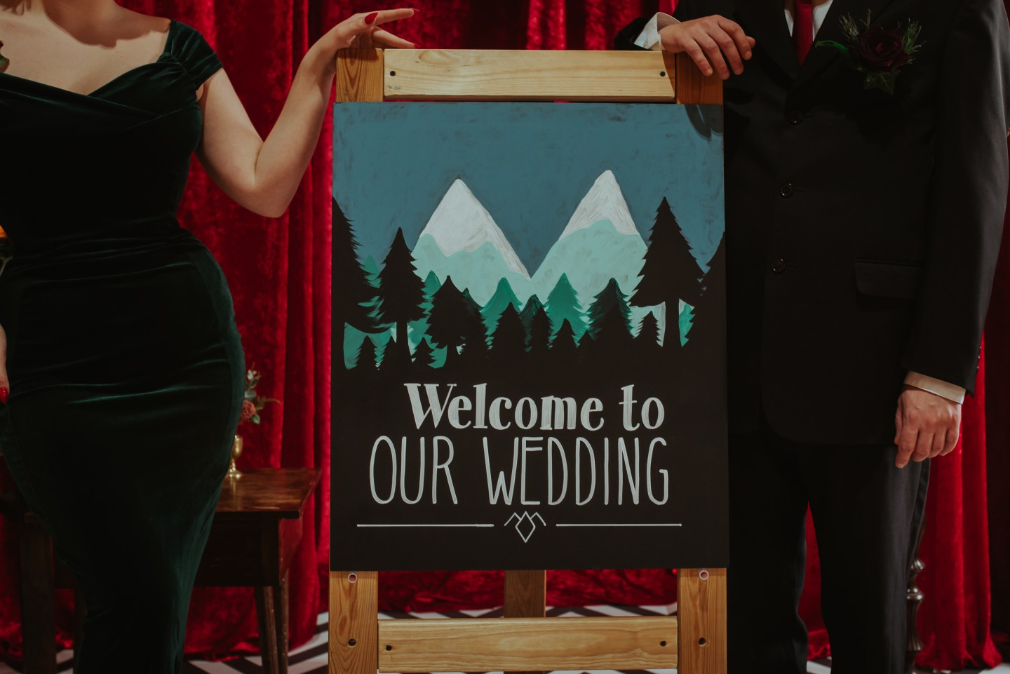 A Twin Peaks Wedding Styled Shoot - alternative - unconventional - welcome sign