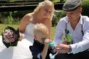 The Coastal Celebrant - wedding family shot
