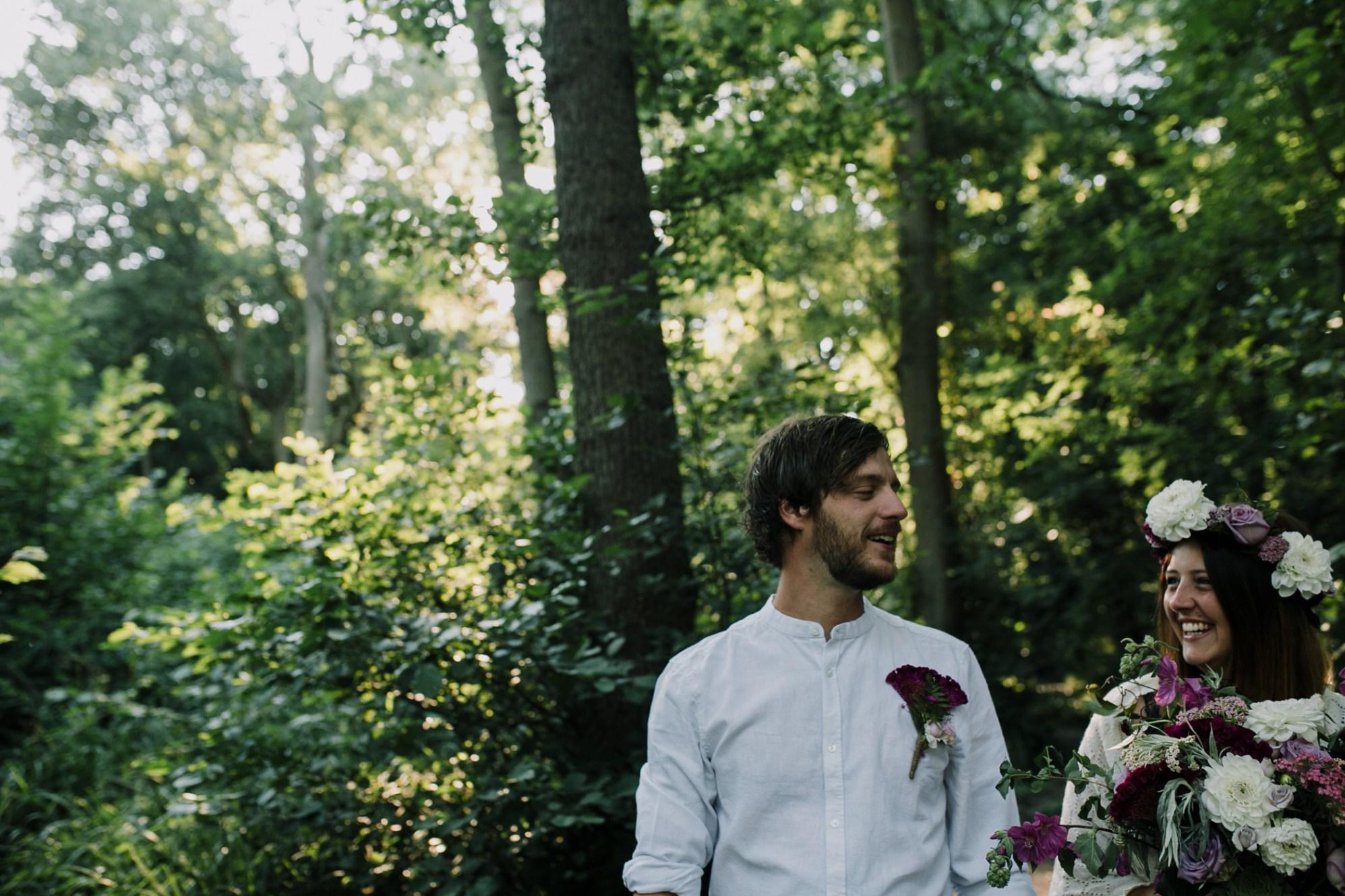 Caroline Goosey - alternative wedding photography - engagement shoot 7