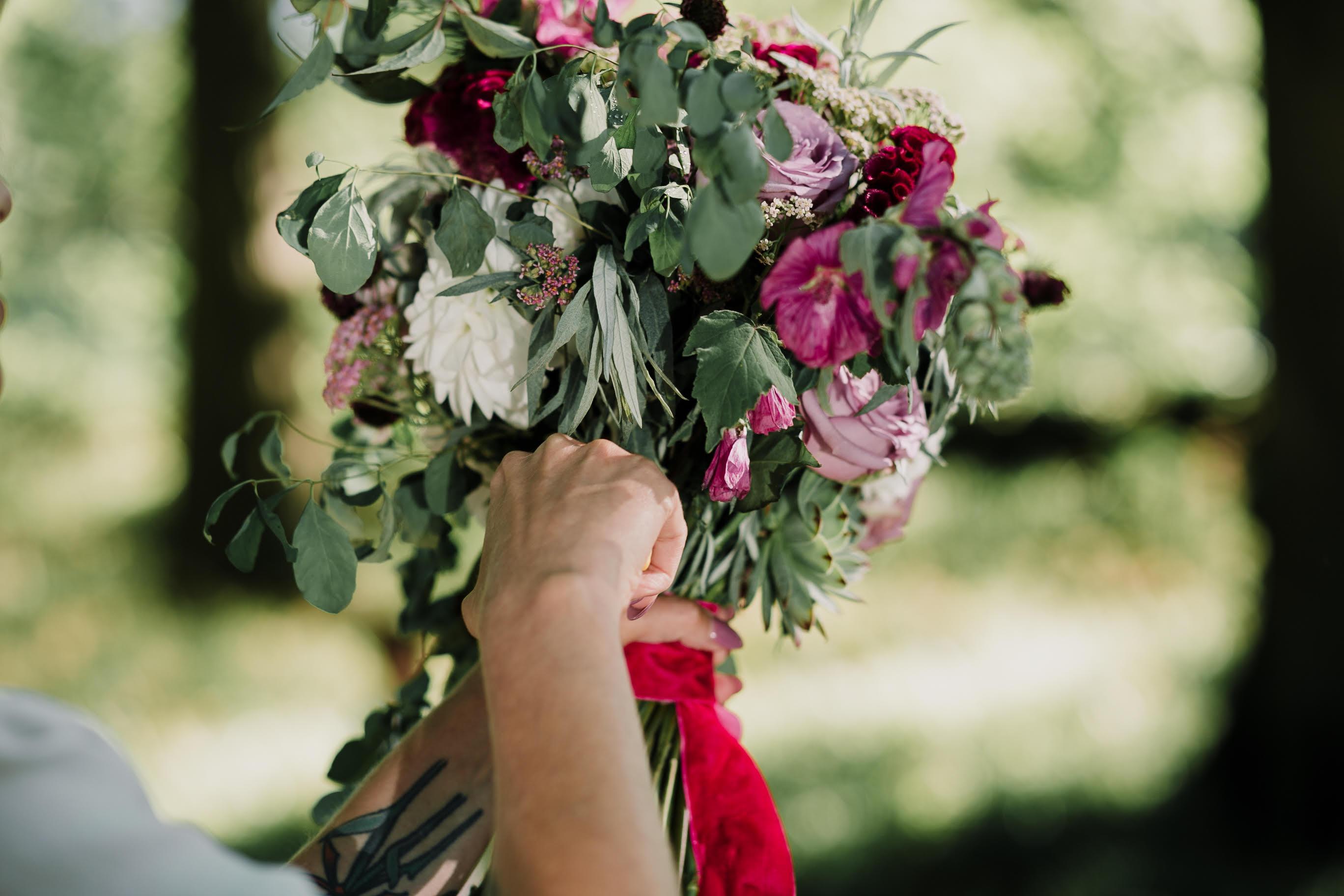Caroline Goosey - alternative wedding photography - engagement shoot 32