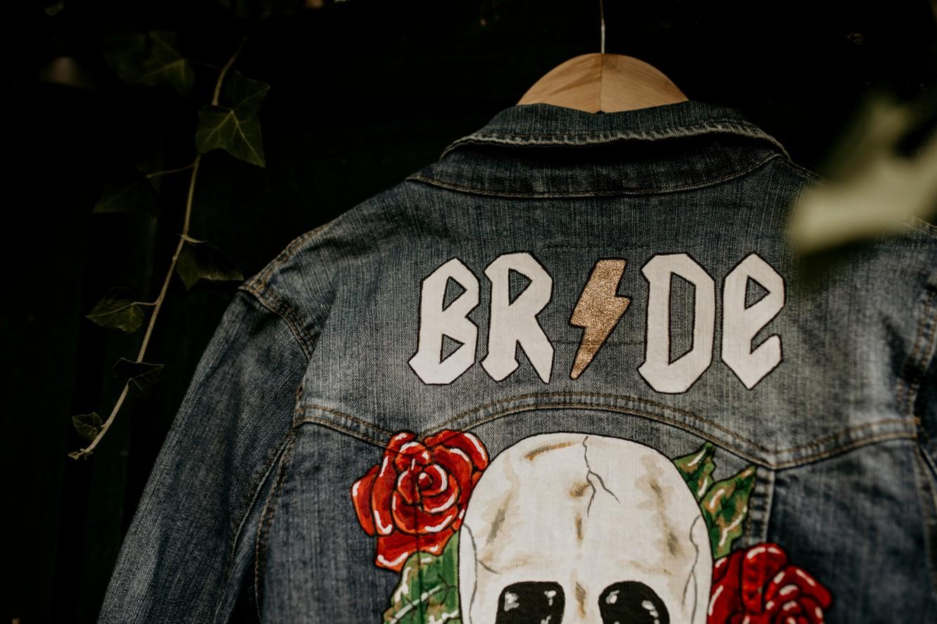 Chloe Mary Photography - Babes with the Power wedding - Rebel Rebel - Alternative wedding - Gothic wedding 42