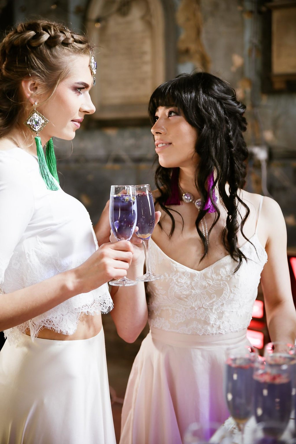 Rock the Purple Love - Gido Weddings - The Asylum Chapel - alternative wedding inspiration 115 - Rock the Purple Love - Gido Weddings - The Asylum Chapel - alternative wedding inspiration 117 - Urban, modern wedding