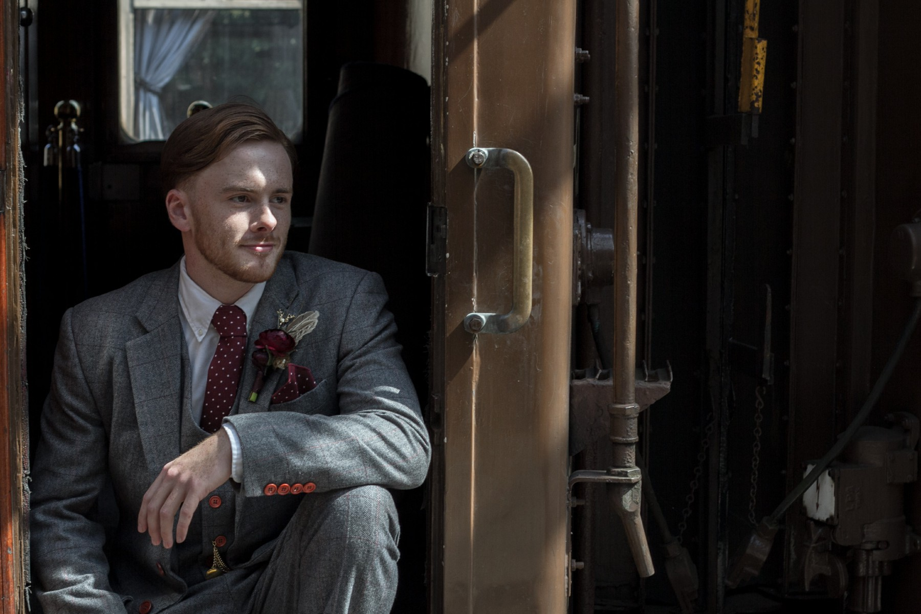 Iso Elegant Photography - Leicester wedding network - Railway wedding - vintage wedding 18