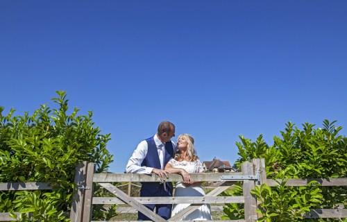 Stephanie Butt Photography - Creative fun wedding photographer 3