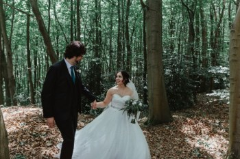 Stevie Jay photography - Unconventional Wedding at Storthes Hall Huddersfield - alternative wedding 1 (3)