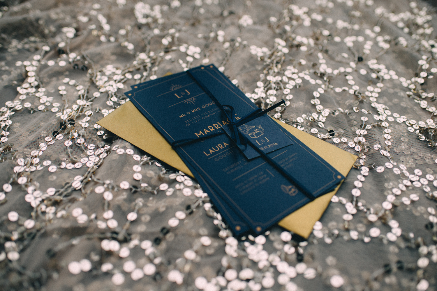 Margo Ryszczuk Photography - Its all about the glitter, sparkle and shine art deco inspired wedding shoot 8