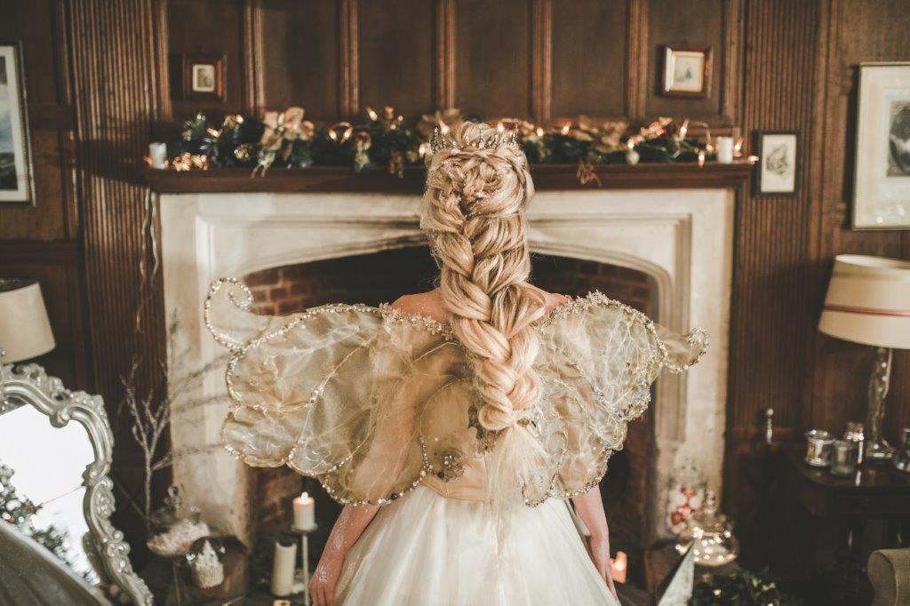 christmas wedding- victoria taylor- laura beresford photography- more hair