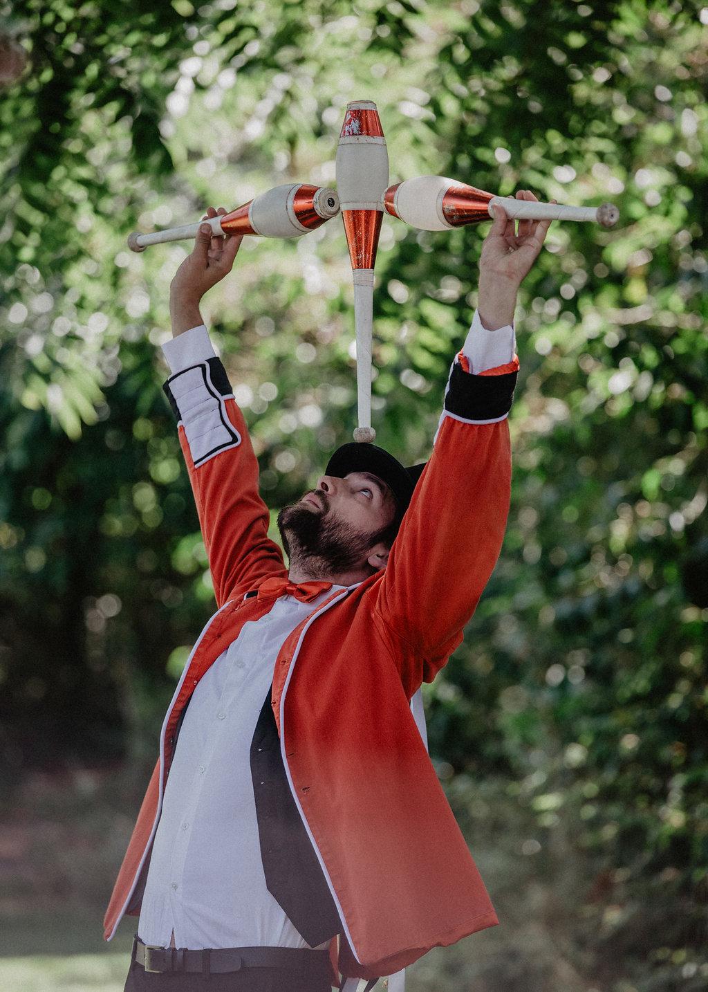 EmilyandGeoff- Nicki Shea Photography- Circus Wedding- act