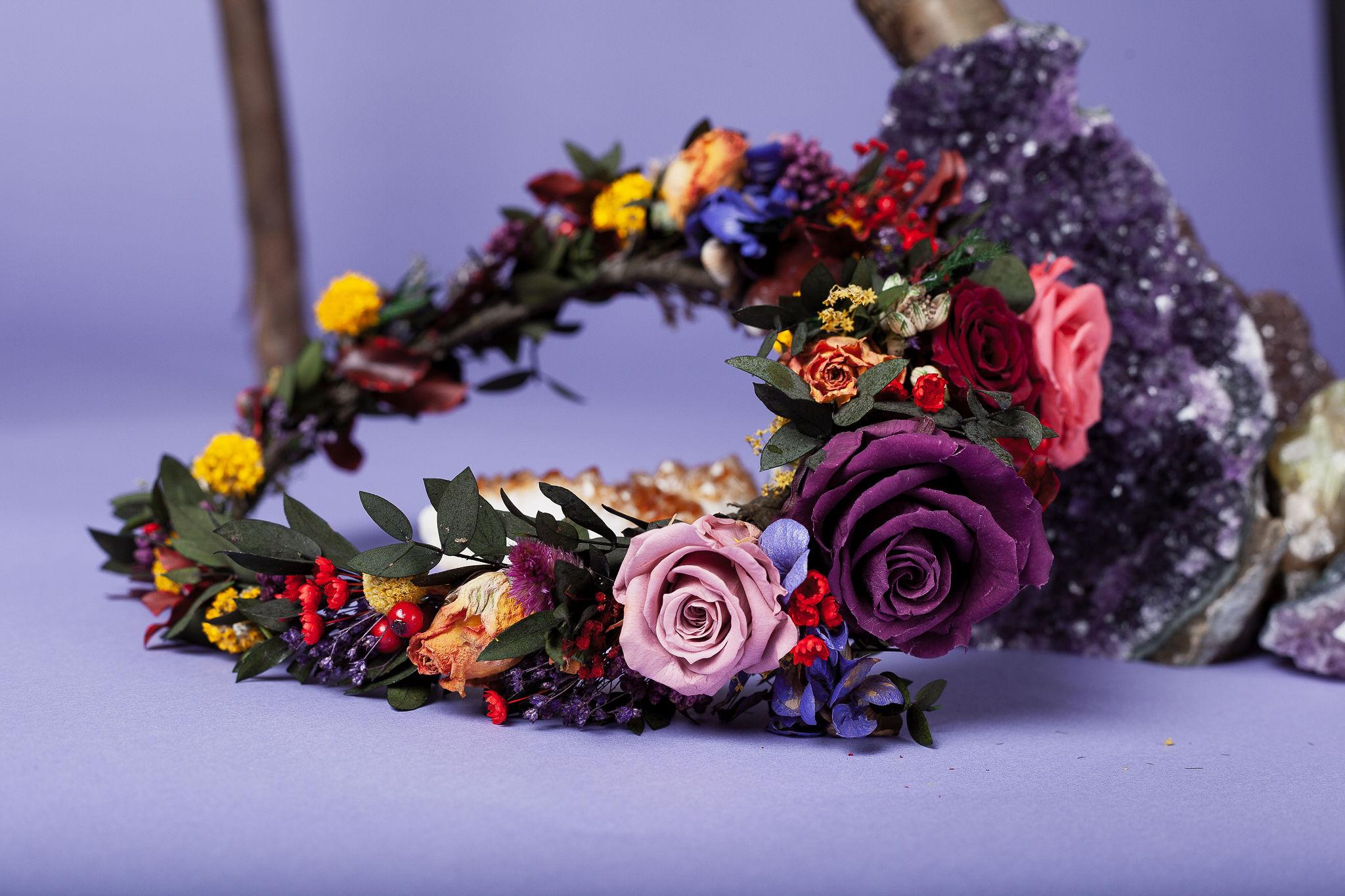 Abundance crystals- colourful wedding- crown
