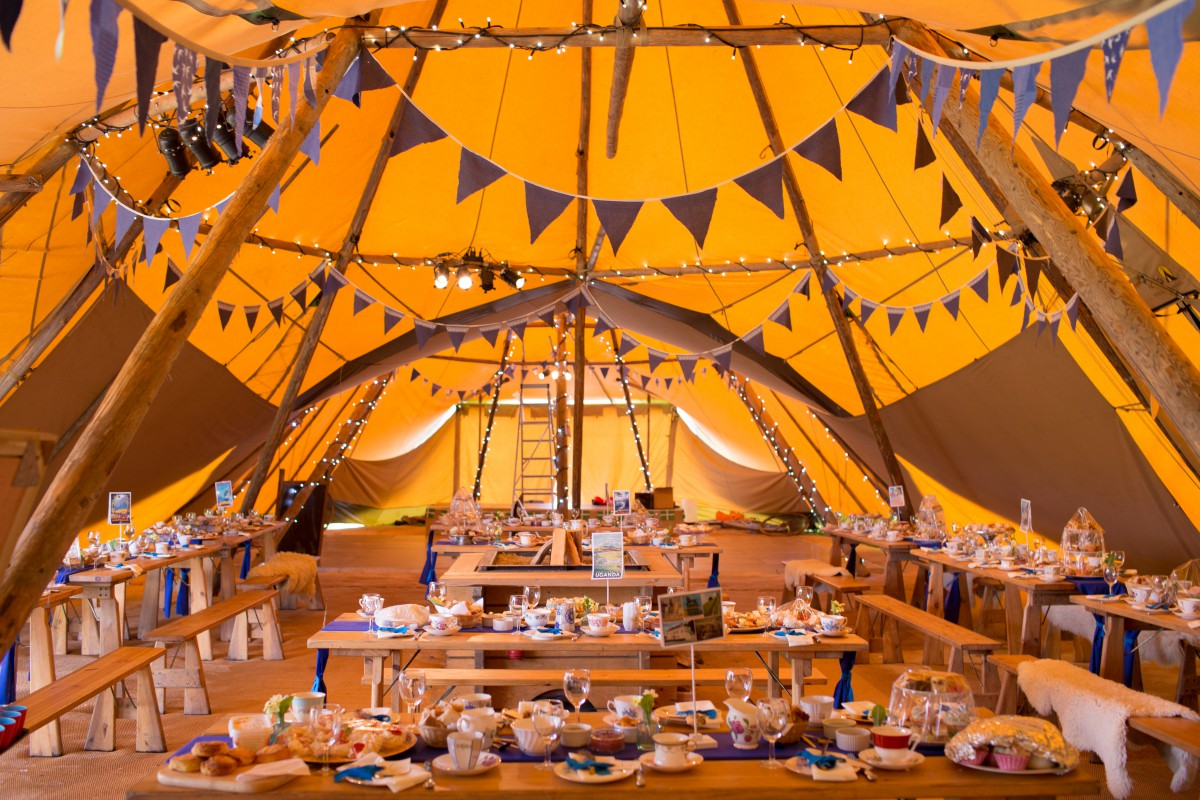 Ragdoll Photography-Tipi Wedding- tipi