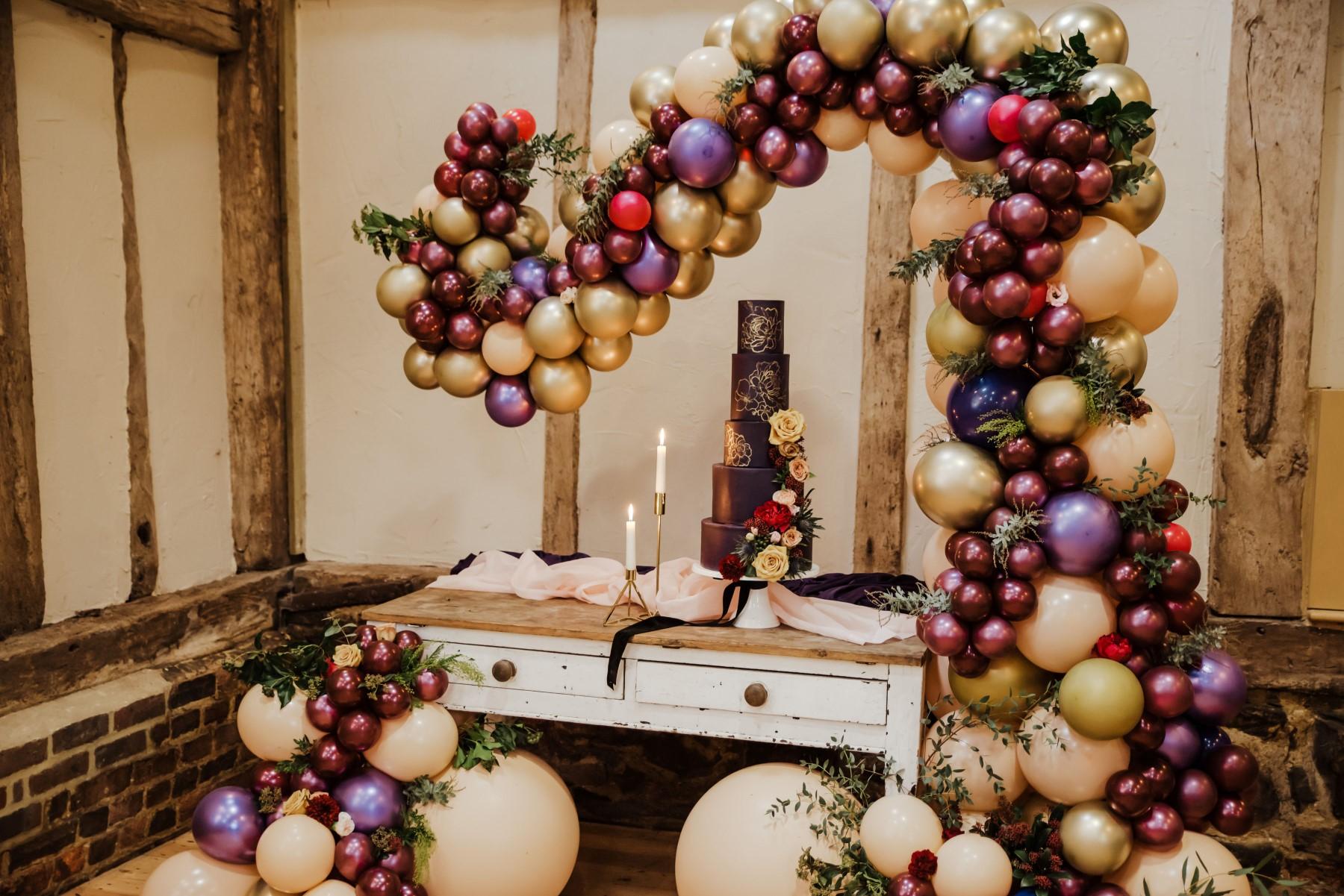Roshni Photography- Barn Wedding Shoot- Cake