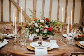 Roshni Photography- Barn Wedding Shoot- Flowers