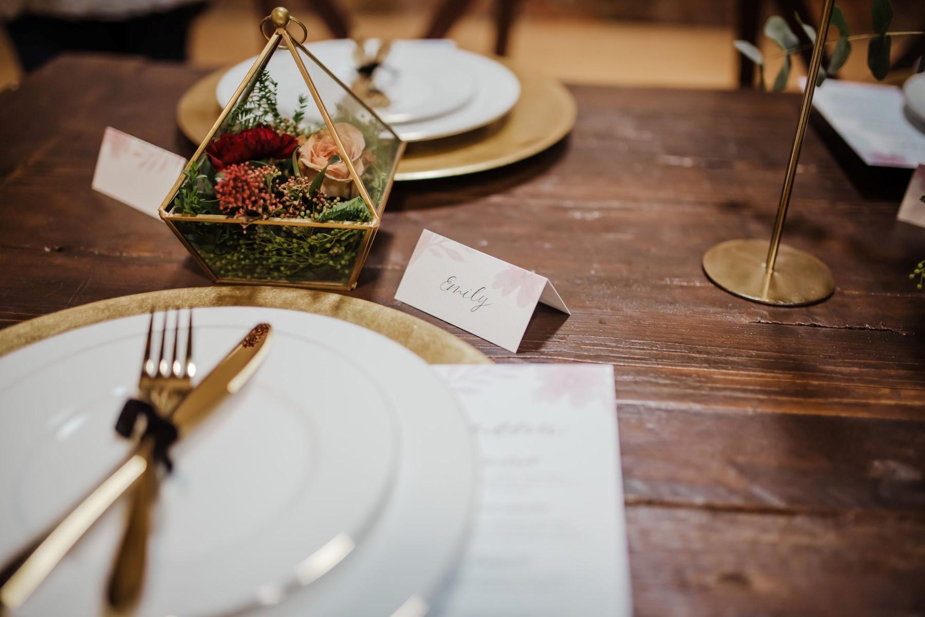 Roshni Photography- Barn Wedding Shoot- Table