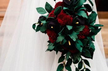 gothic glamour- vicki clayson photography-roses