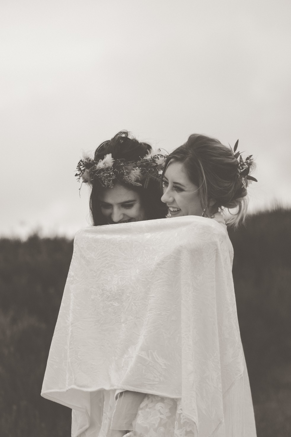 Emma Ryan- Elopement Wedding-Hugs