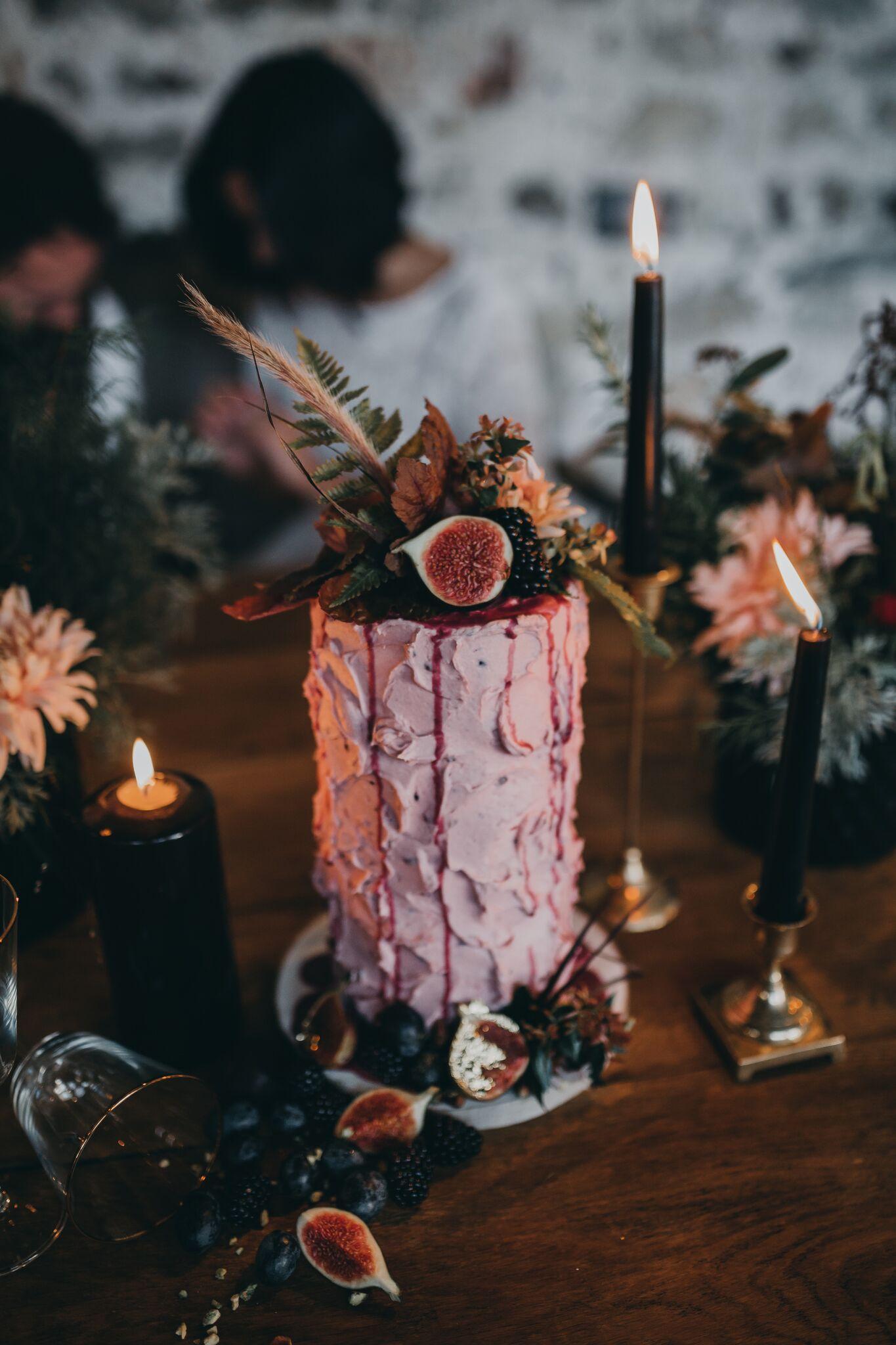 Where the Ribbon Ends - Alternative wedding cake - Creative wedding cake 2