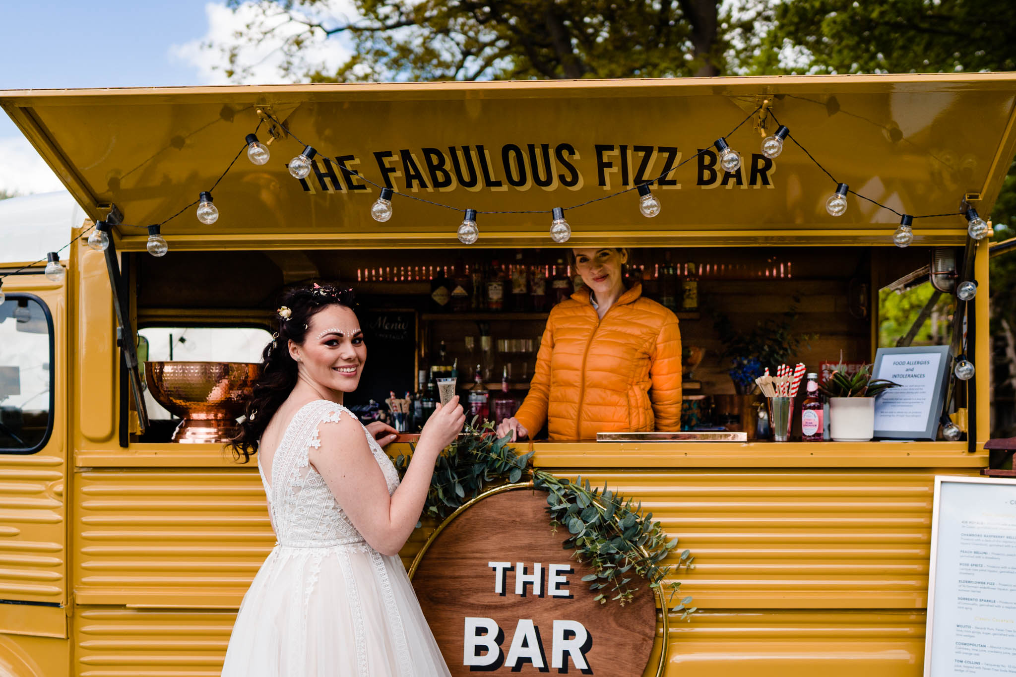 Festival wedding - Unconventional Wedding Festival - Fabulous Fizz Bar - Drink vans - vicki clayson photography 2