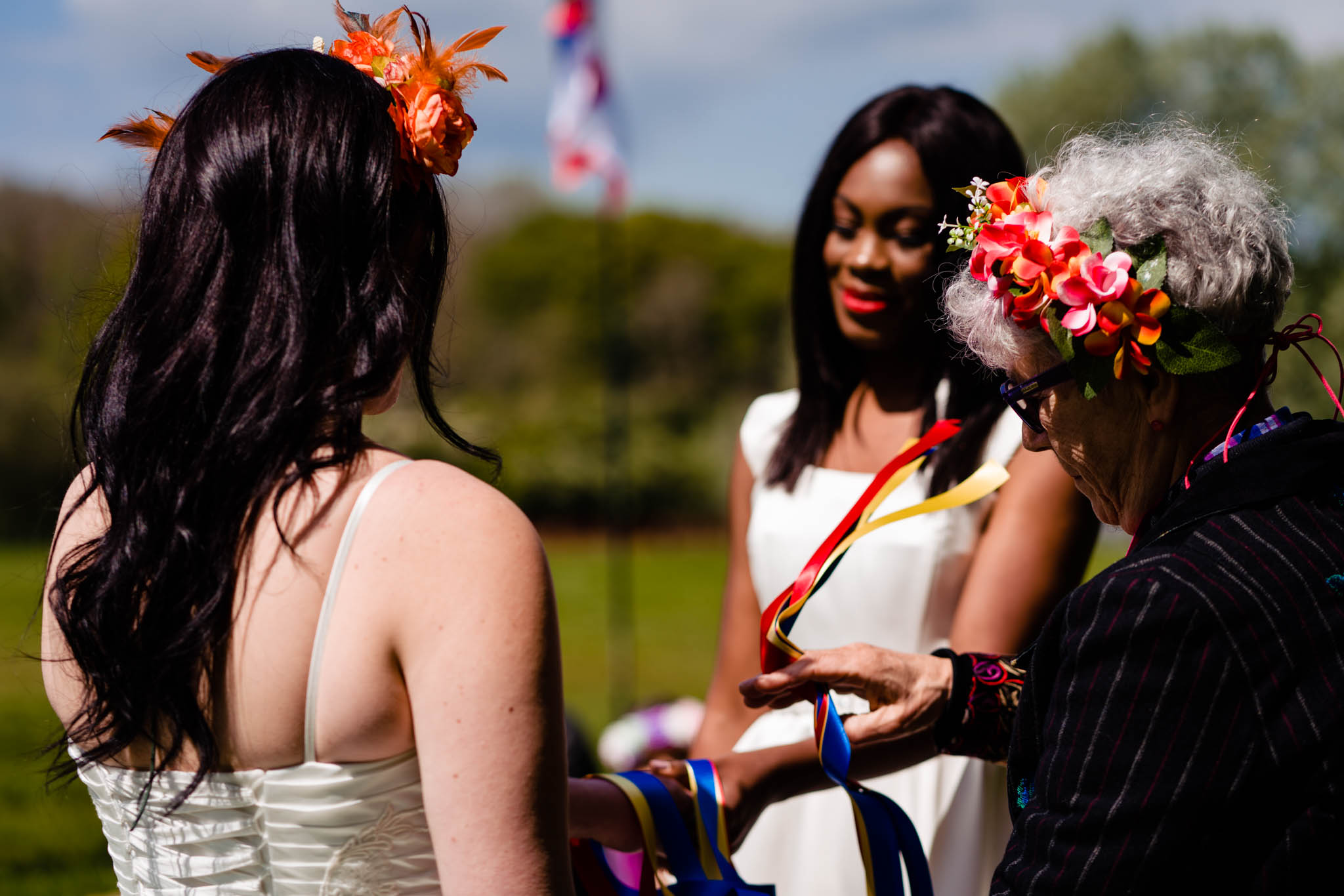 Festival wedding - Unconventional Wedding Festival - Star Ceremonies - Hand fasting ceremony - vicki clayson photography