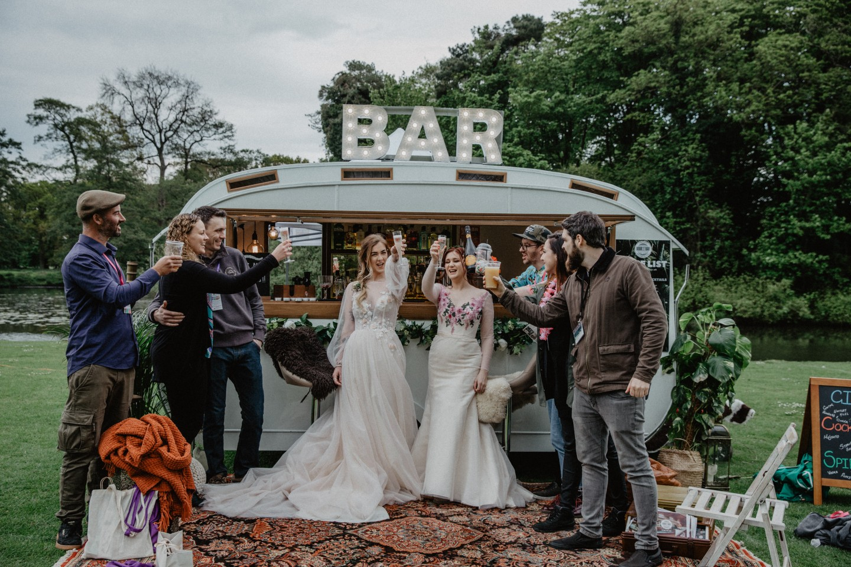 Festival wedding - alternative wedding - The Bubble Bar - Fiona Elizabeth Couture - alternative wedding - nicki shea photography (2)