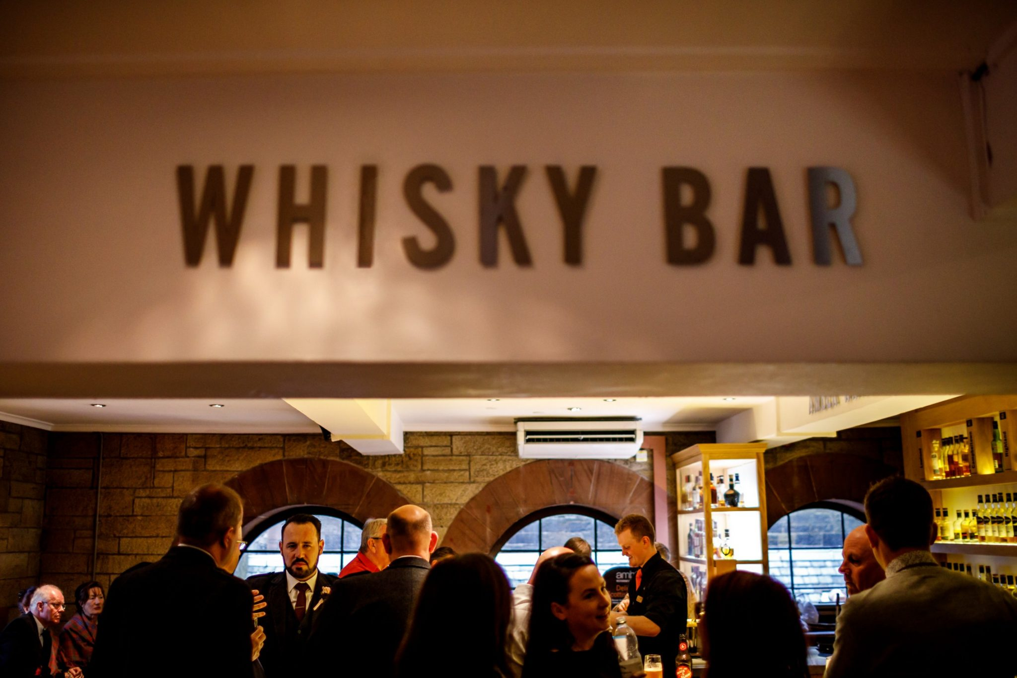 Unique Wedding Venues- Unconventional Wedding- Lina & Tom Photography- wedding whisky bar