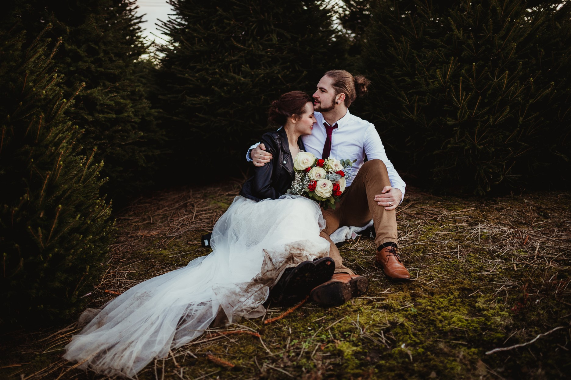 christmas elopement wedding- alternative wedding- christmas wedding- fly on the wall photography- wedding at a christmas tree farm