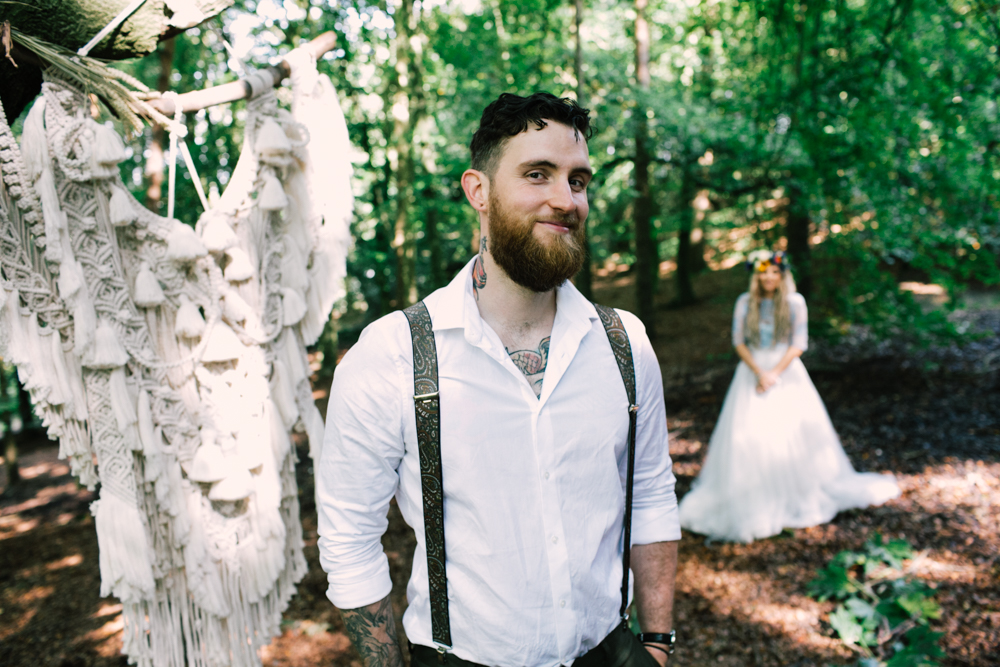 wedding macrame in forest - micro-wedding - forest elopement - small weddings - alternative wedding - outdoor wedding - covid wedding