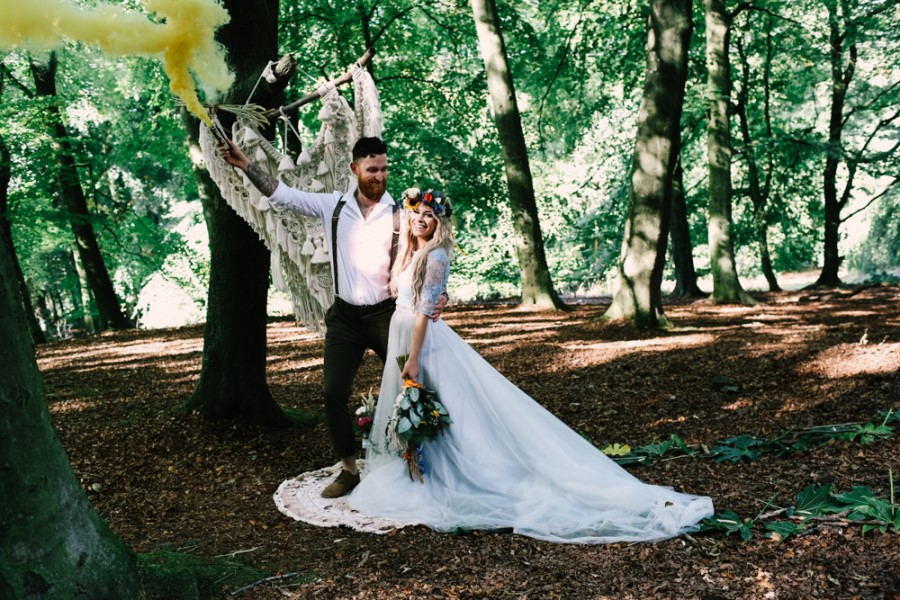 micro-wedding - forest elopement - small weddings - alternative wedding - outdoor wedding - covid wedding - smoke bomb in the forest
