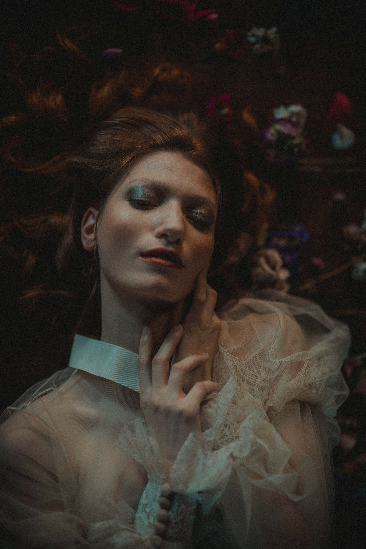 Decadent Wedding Inspiration- Moody Wedding Inspiration- Sudio Fotografico Bacci- Unconventional Wedding