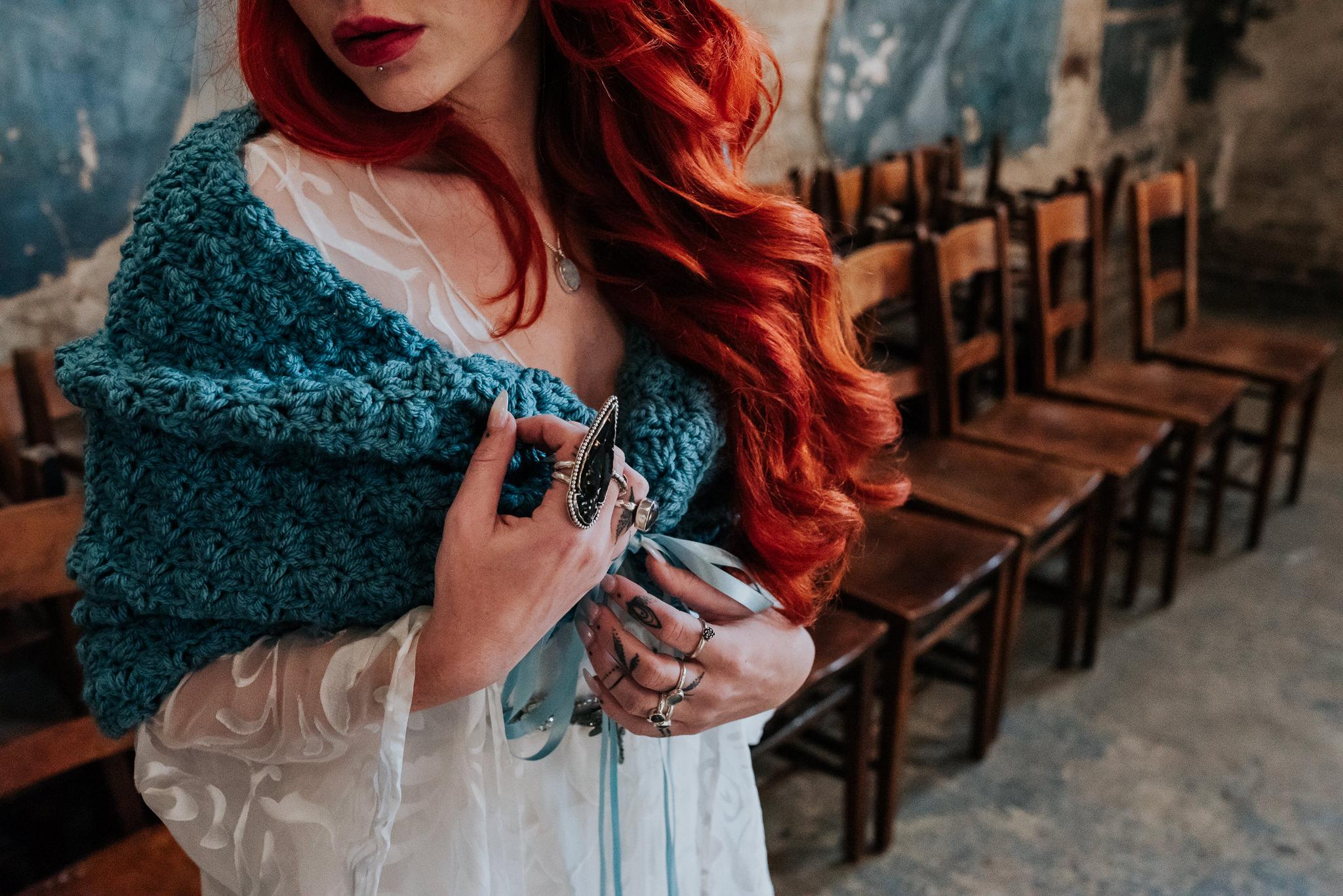 alternative chapel wedding- asylum london- unique london wedding venue- london wedding venue- Jenny Appleton Photography- blue wedding shawl