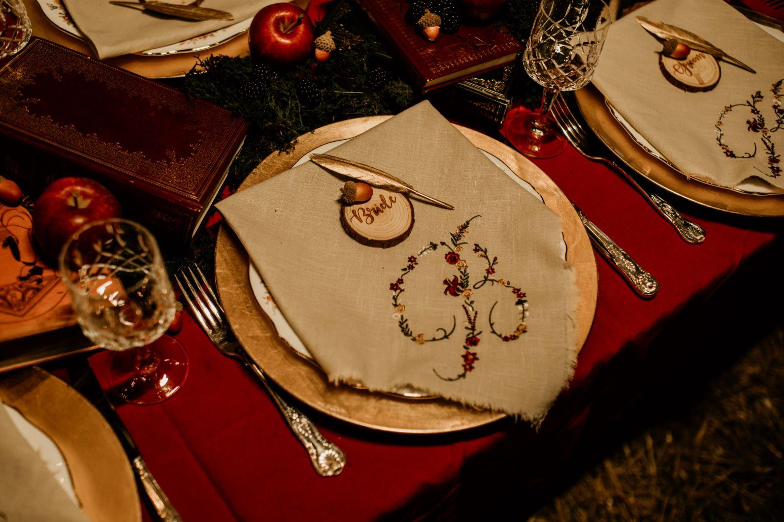 alternative fairytale wedding- snow white wedding- charlotte laurie designs-chloe mary photo- unconventional wedding- alternative wedding inspiration-unique wedding table ideas