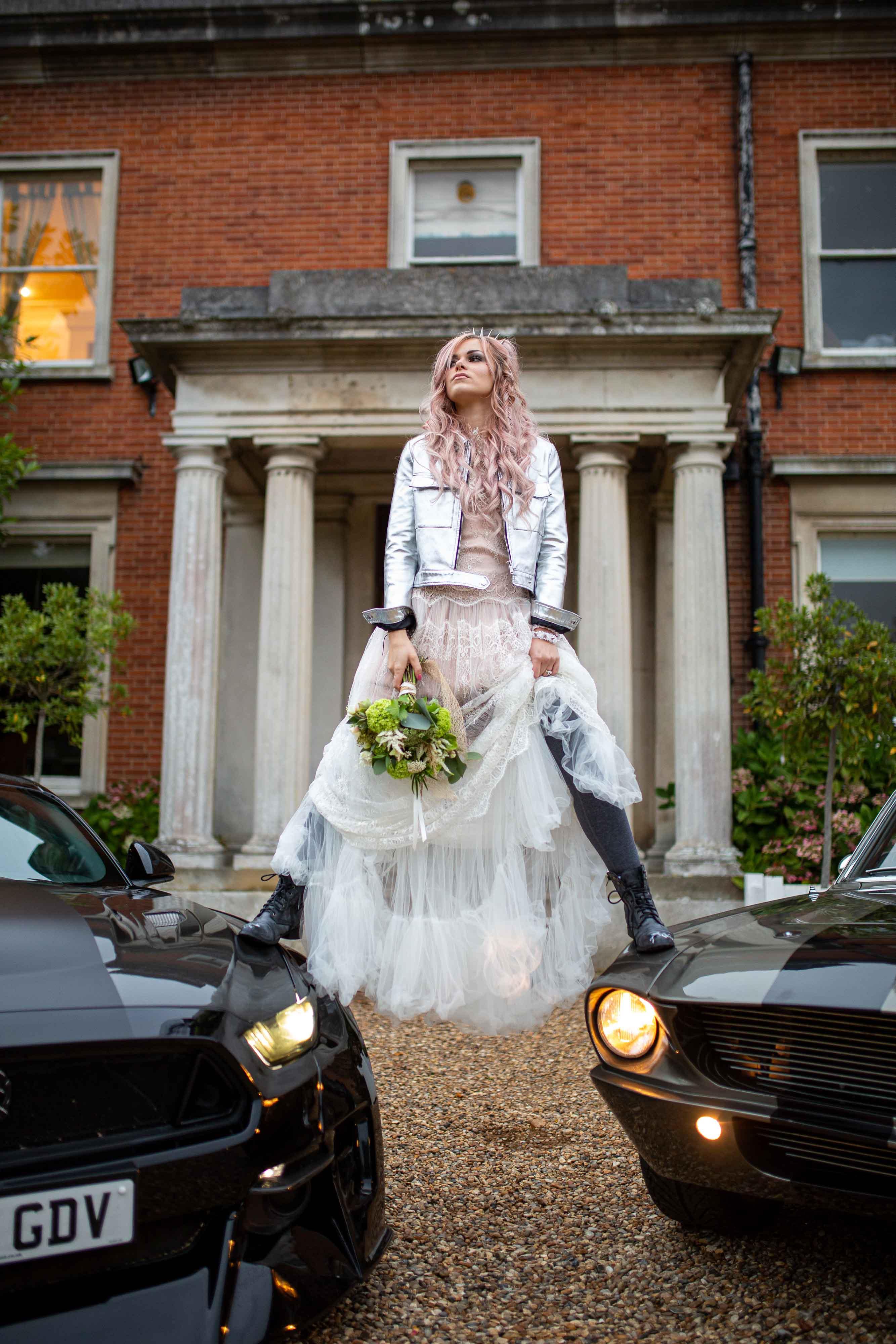 iconic wedding looks- music themed wedding- unconventional wedding- alternative wedding- badass wedding photo- courtney love style- boho wedding dress- edgy wedding look- grunge wedding