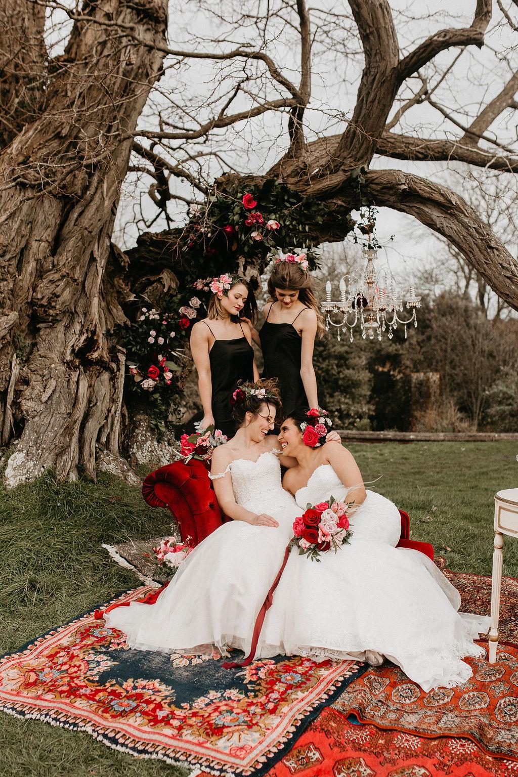 romantic woodland wedding - whimsical wedding- shakespeare wedding- unconventional wedding- romantic wedding photos