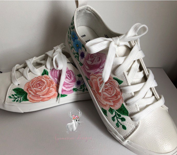 Gamusino designs - hand painted bridal shoes with pink floral detail
