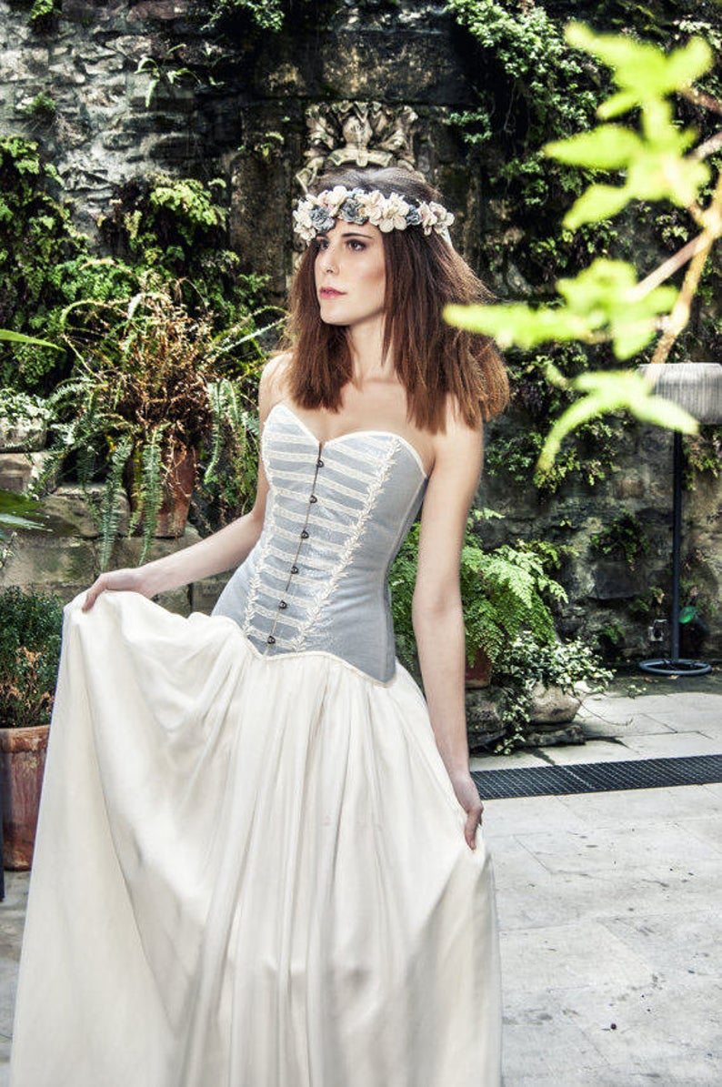 grey wedding dress - corset wedding dress- coloured wedding dresses - unconventional wedding - alternative wedding dresses - unique wedding dresses