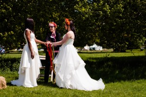 Vicki-Clayson-Photography-Star-Ceremonies-Hand-fasting-ceremony-1