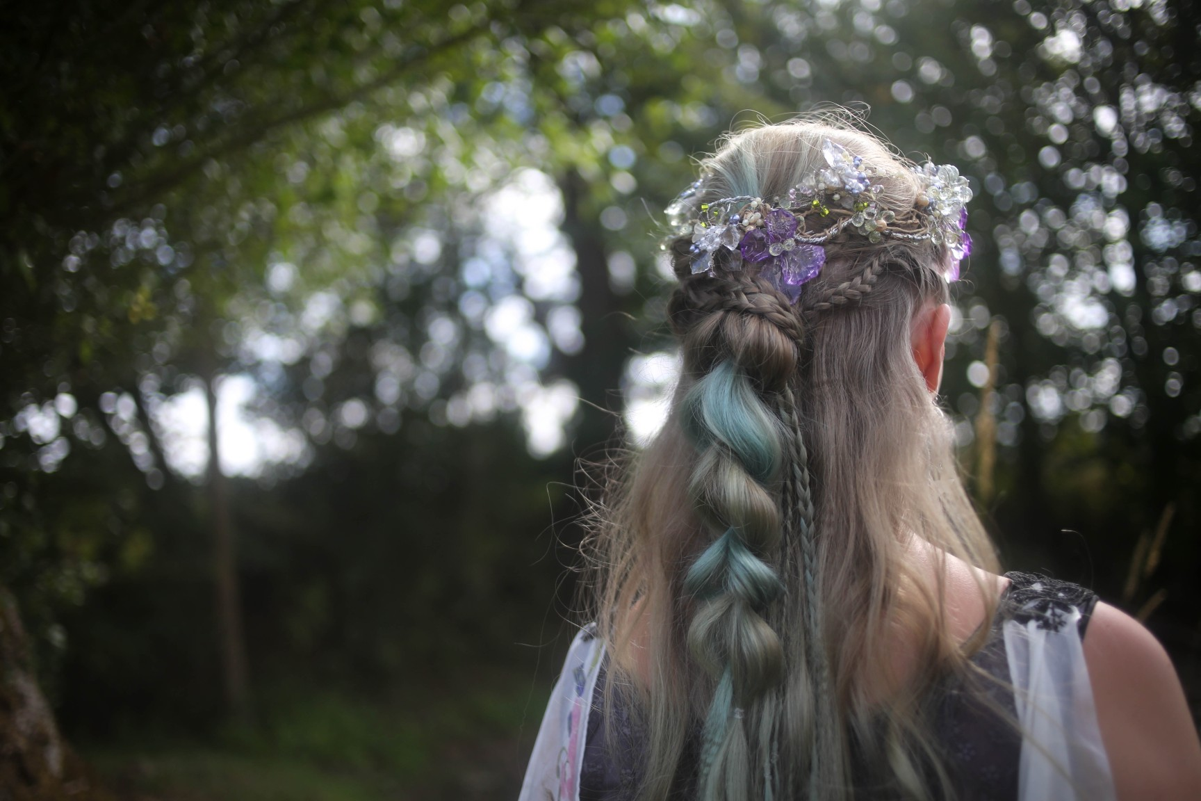 nature wedding - pagan wedding - ethereal wedding - spiritual wedding - alternative wedding - mystical wedding - quirky wedding - unique wedding hairstyle