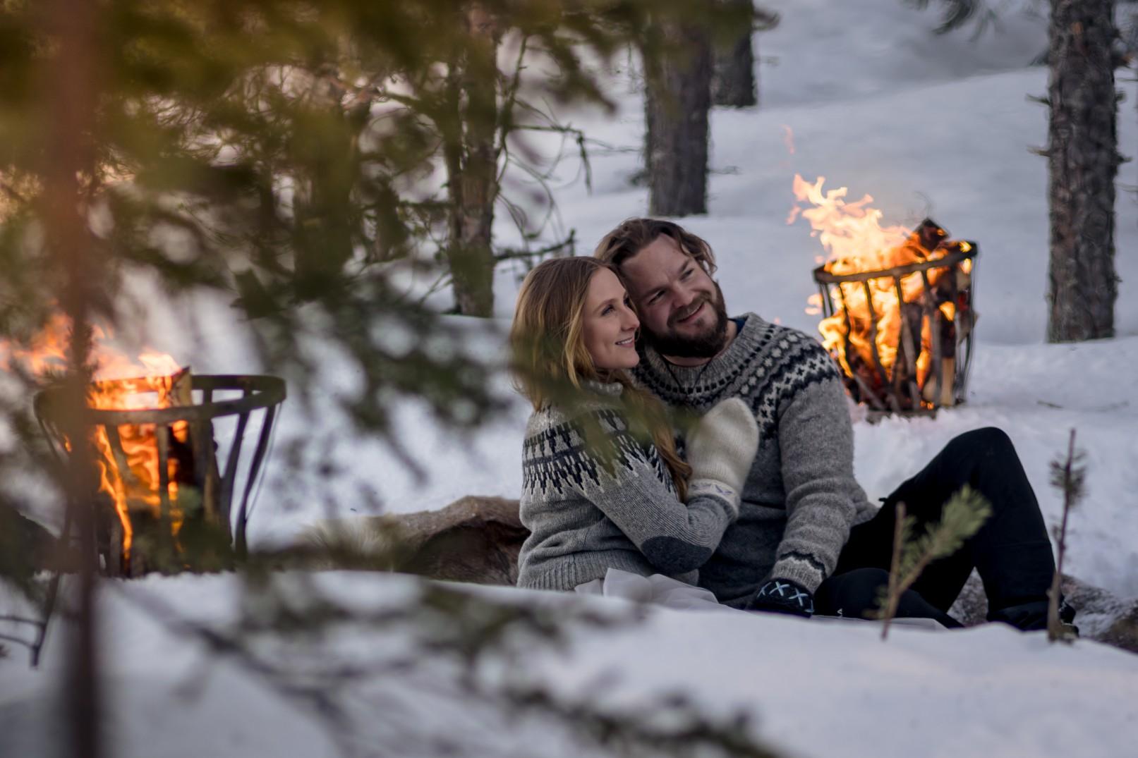 winter wedding at icehotel sweden - cinematic wedding photography - ice wedding - elopement in sweden - creative wedding photographer - unconventional wedding - alternative wedding - unique wedding - artistic wedding -snow wedding