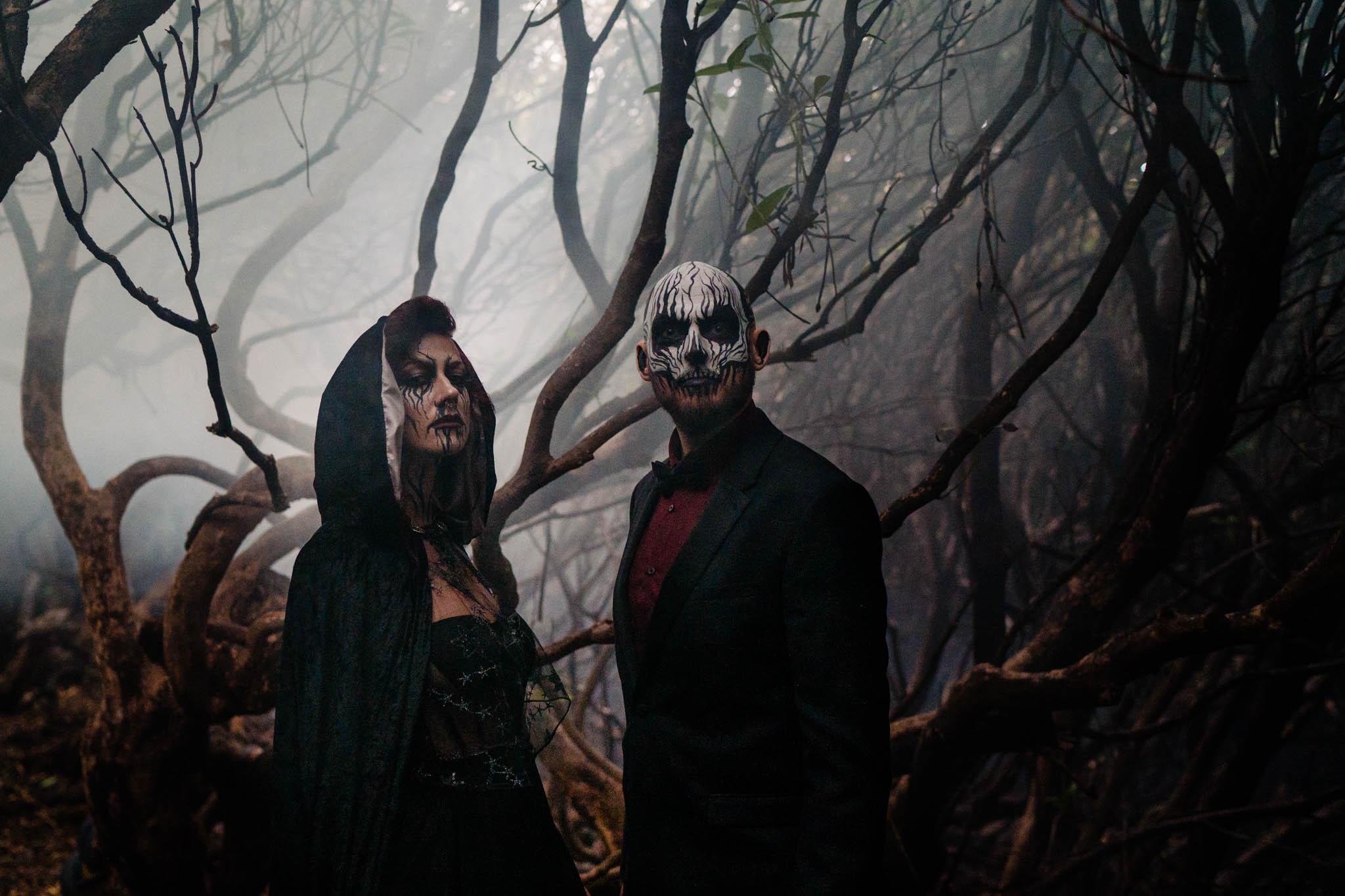 gothic wedding - halloween wedding - spooky wedding photos - bride and groom with halloween face paint
