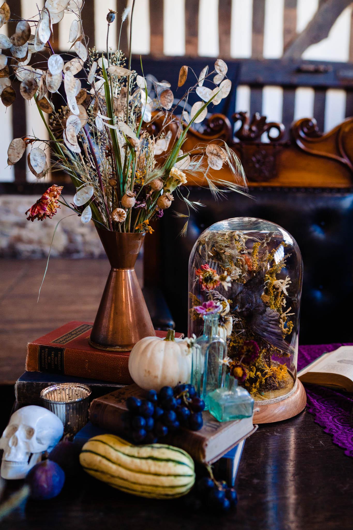 elegant gothic wedding - gothic wedding - autumn wedding - quirky wedding decor
