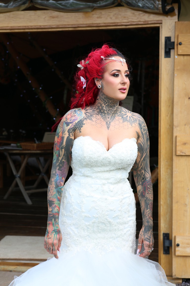 alternative bride with red hair and tattoos